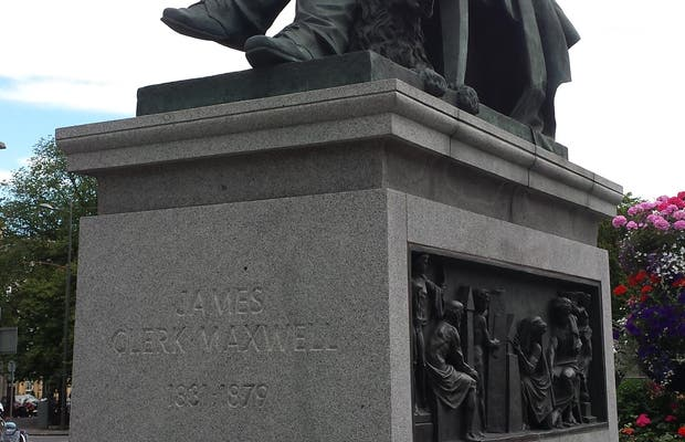 Monumento a James Clerk Maxwell