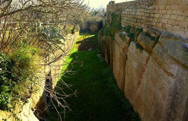 Peratallada wall and moat