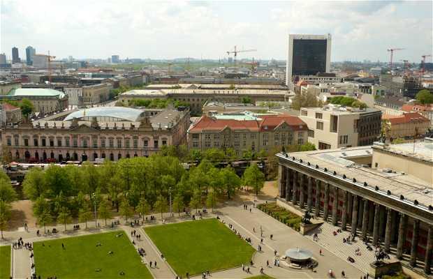 Lustgarten Square