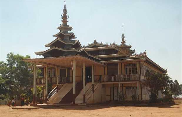 Les monastères en Birmanie