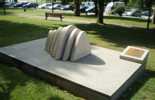 Monumento XV Conferéncia do Distrito
