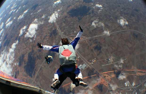 AEROLIBRE skydiving school