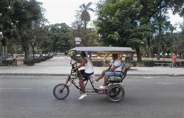 Bicitaxis en La Habana