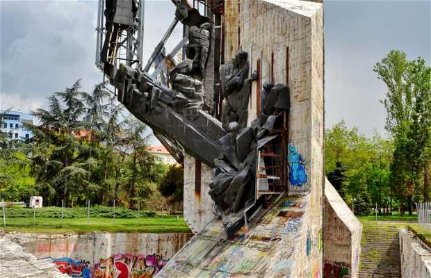 """Monumento """"1300 anni di Bulgaria"""""""