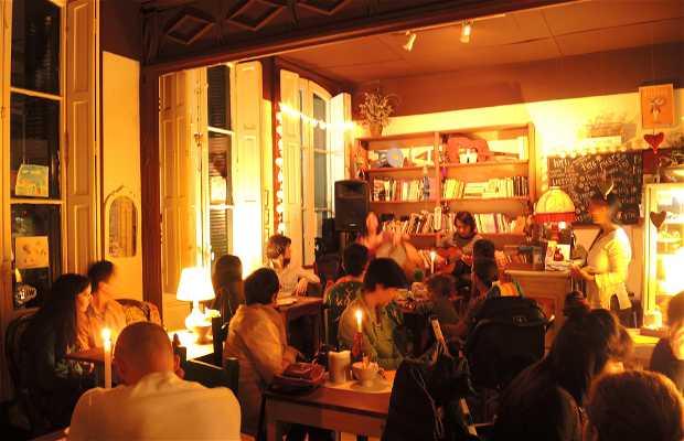 Lalá Café con Libros