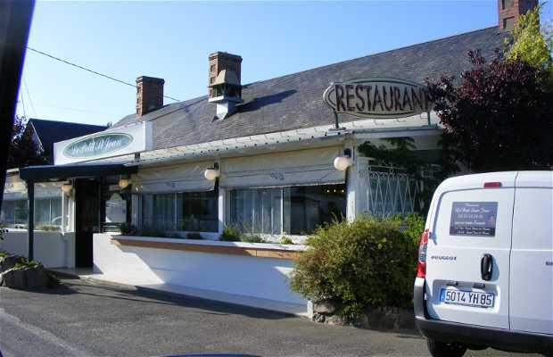 Le Petit Saint Jean restaurant