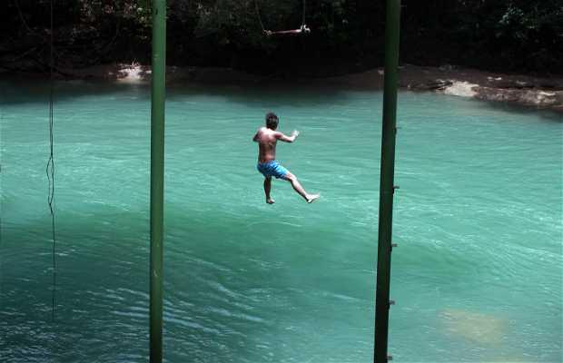 Columpio al río Cahabón