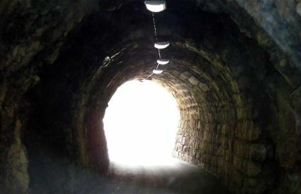 Túneles de Gran Asedio (Great Siege Tunnels)