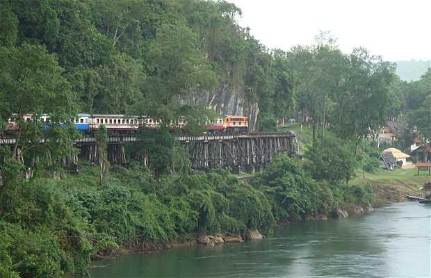 Paso o Desfiladero de Tham Krasae