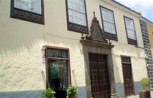 Casa Mustelier a La Laguna