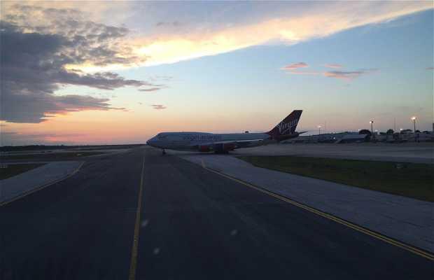 Aéroport International de Cancún