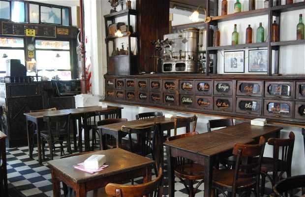 Bar Plaza Dorrego (barrio de San Telmo)