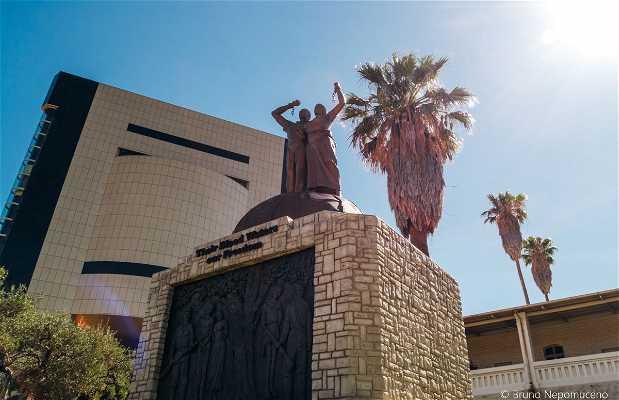 Genocide Monument (Monumento ao Genocídio)