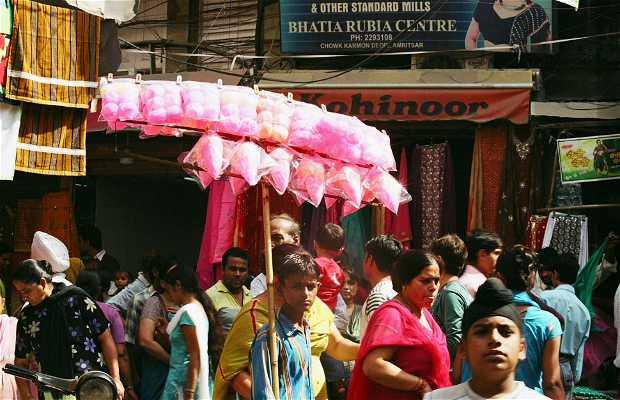 Bazaar of fabrics in Amritsar
