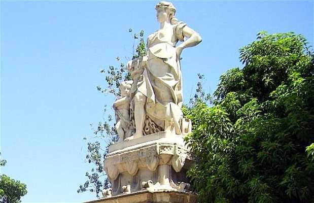 Las estatuas del progreso