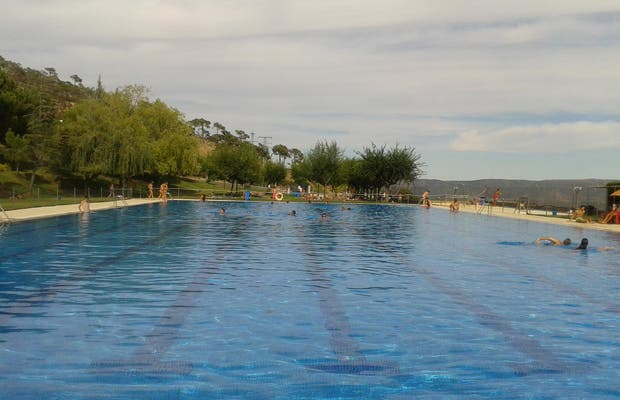 Pools of El Barraco