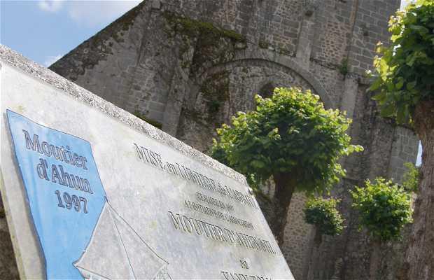 Abadía de Moutier d'Ahun