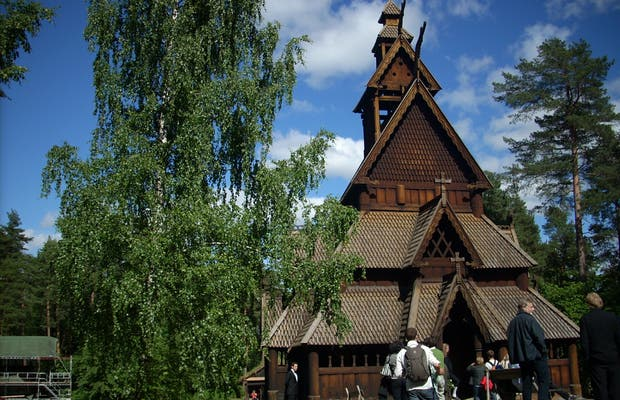 Igreja de madeira Stavkirke
