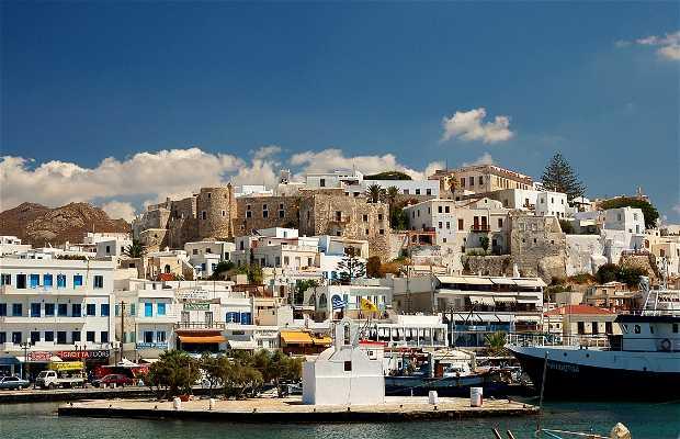 Ferry de Naxos a Folegandros