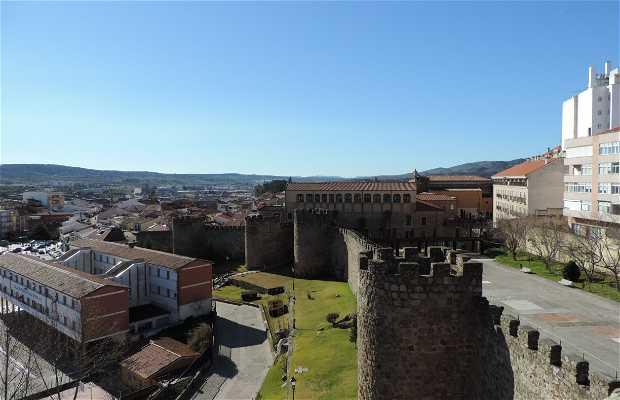 Centro de Interpretación de la Fortaleza y la Ciudad Medieval de Plasencia
