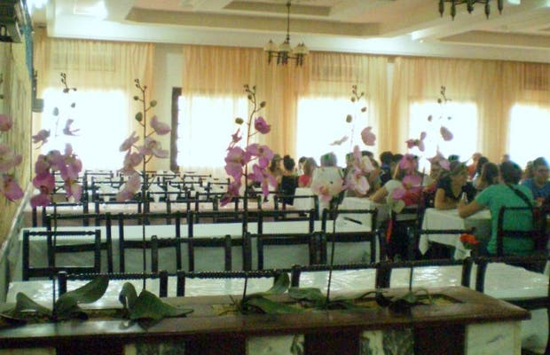 Le Flore Restaurant