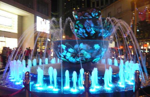 Fuente de cristal del Centro Comercial Pavilion