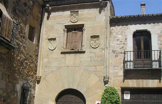 Casa Diego García Ulloa