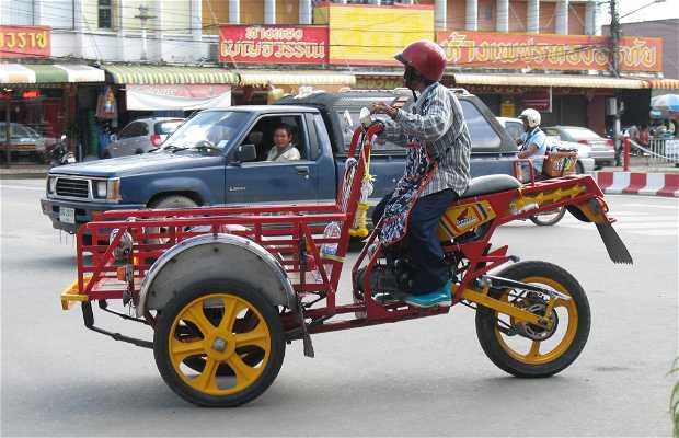"""""""Motocarros"""" en Phitsanulok"""