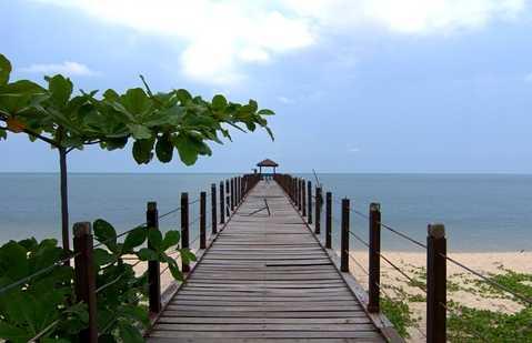 Trekking in the Pulau Penang National Park