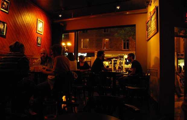 Chez Baptiste Bar