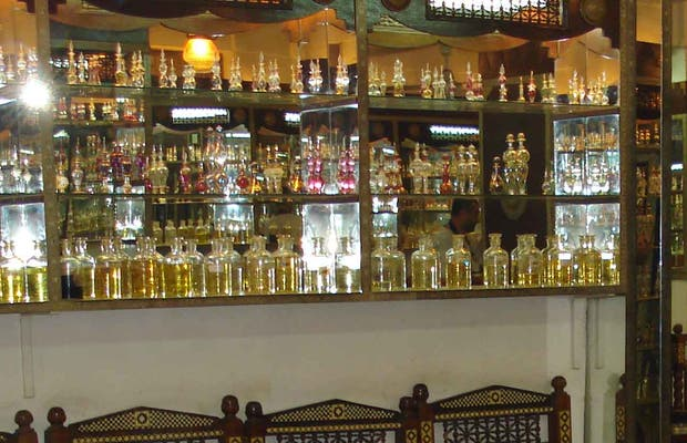 Sheik Abdull: Perfumes Palace