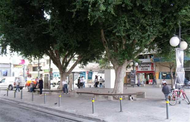 Lidras Square