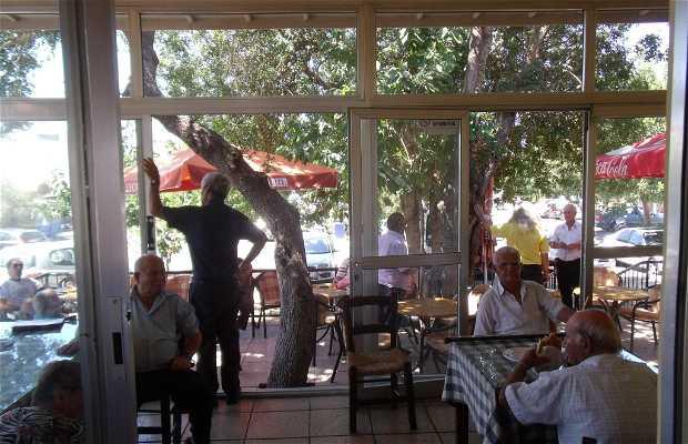 Karavella square-cafe