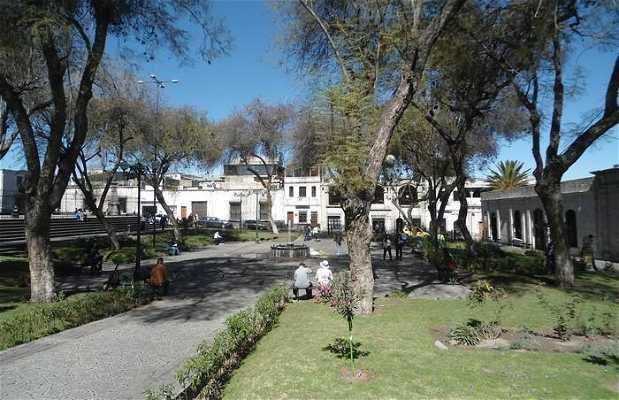 Piazza, Chiesa e Monastero di San Fracesco