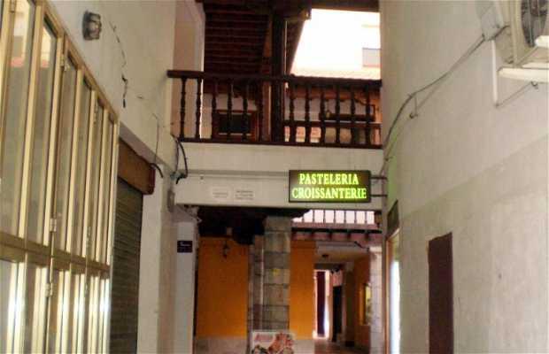 Plaza Porticada