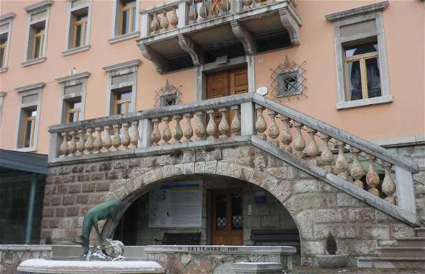 Municipio e Casa Romana
