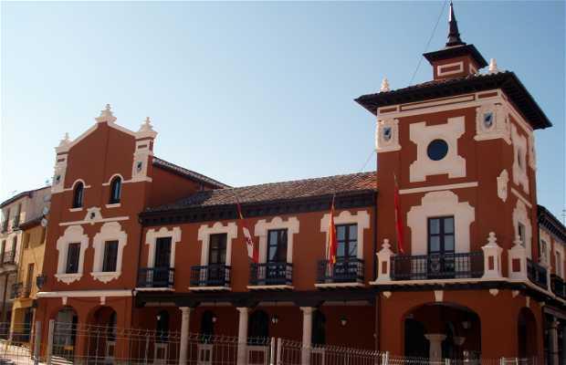 Town Hall or City Hall