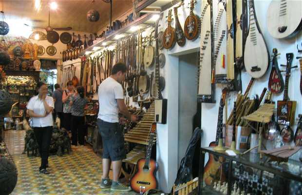 Tienda de instrumentos musicales Hong Tich