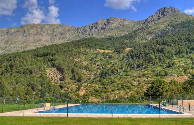 El Arenal Municipal swimming pool