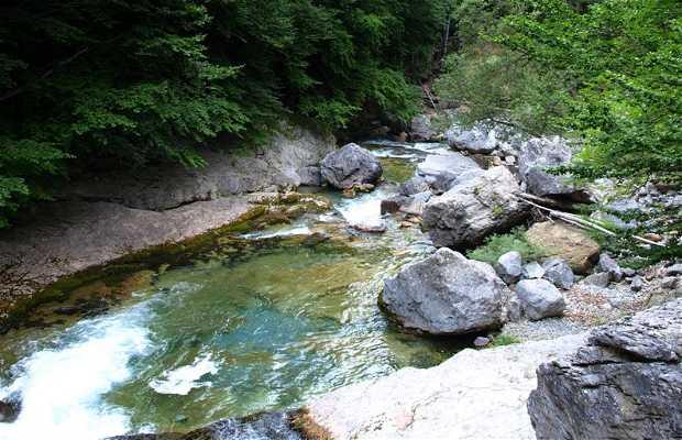 Cascadas del Estrecho y La Cueva
