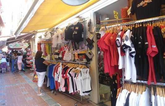 Les boutiques souvenirs de Monaco