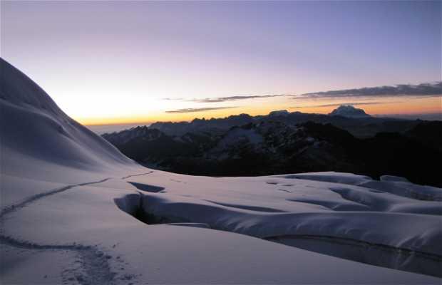 Ice Climbing in Huayna Potosí
