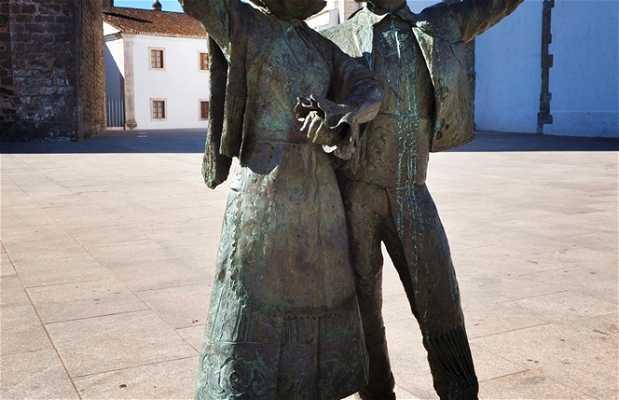 """Coros y danzas """"La Encina"""""""
