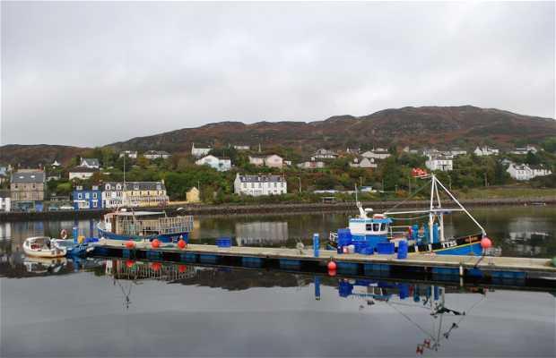 Bahía y puerto de Tarbert