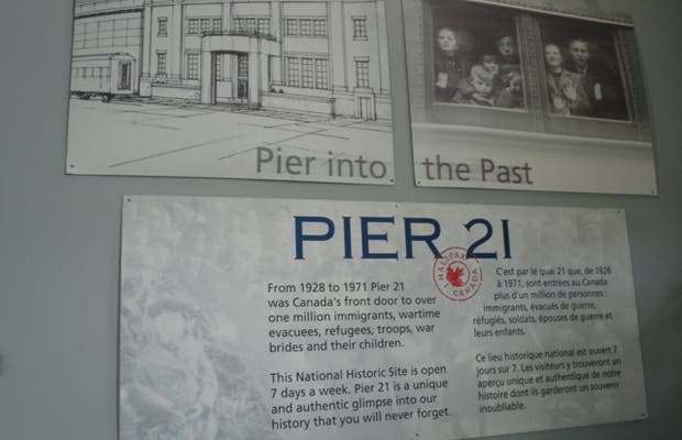 Pier 21 et gare d'Halifax