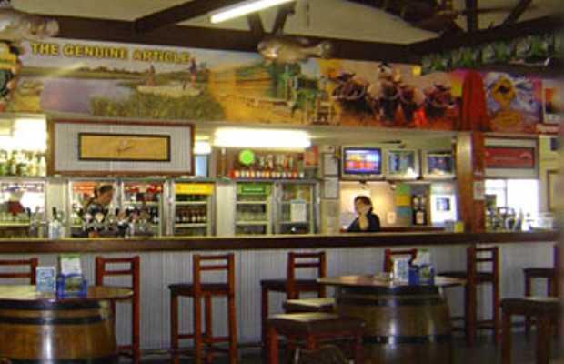 Howards springs tavern