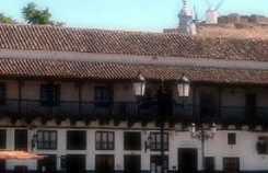 Los Corredores building