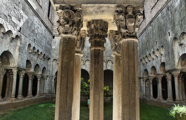 Arqueología museum de Cataluña en el Monasterio de Sant Pere de Galligants