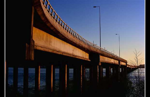 Puente Llacolen