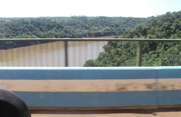 Puente Internacional Tancredo Neves